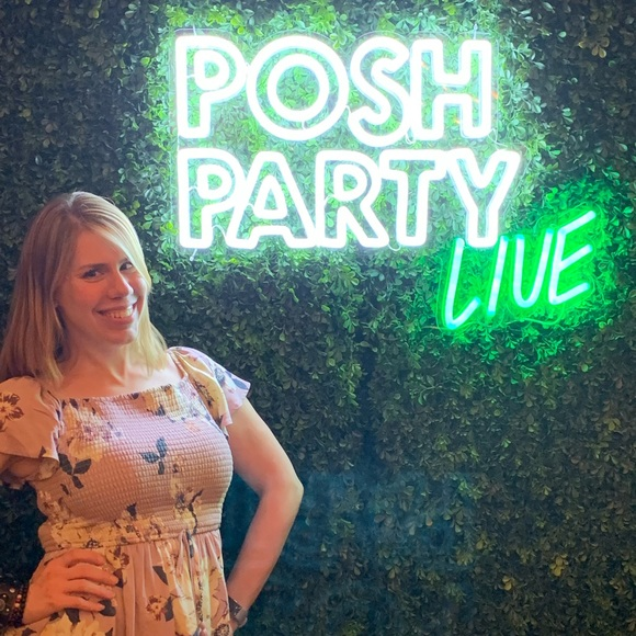 Meet the Posher Other - Meet your Posher, Charissa